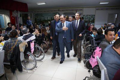 engellilere-hizmet-etimesgut-belediyesi-3