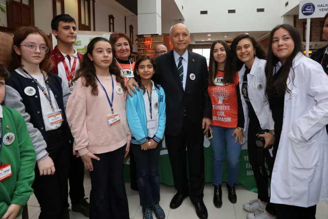 Yenimahalle Bilim Şenliği'ne Başkan Fethi Yaşar da katıldı.